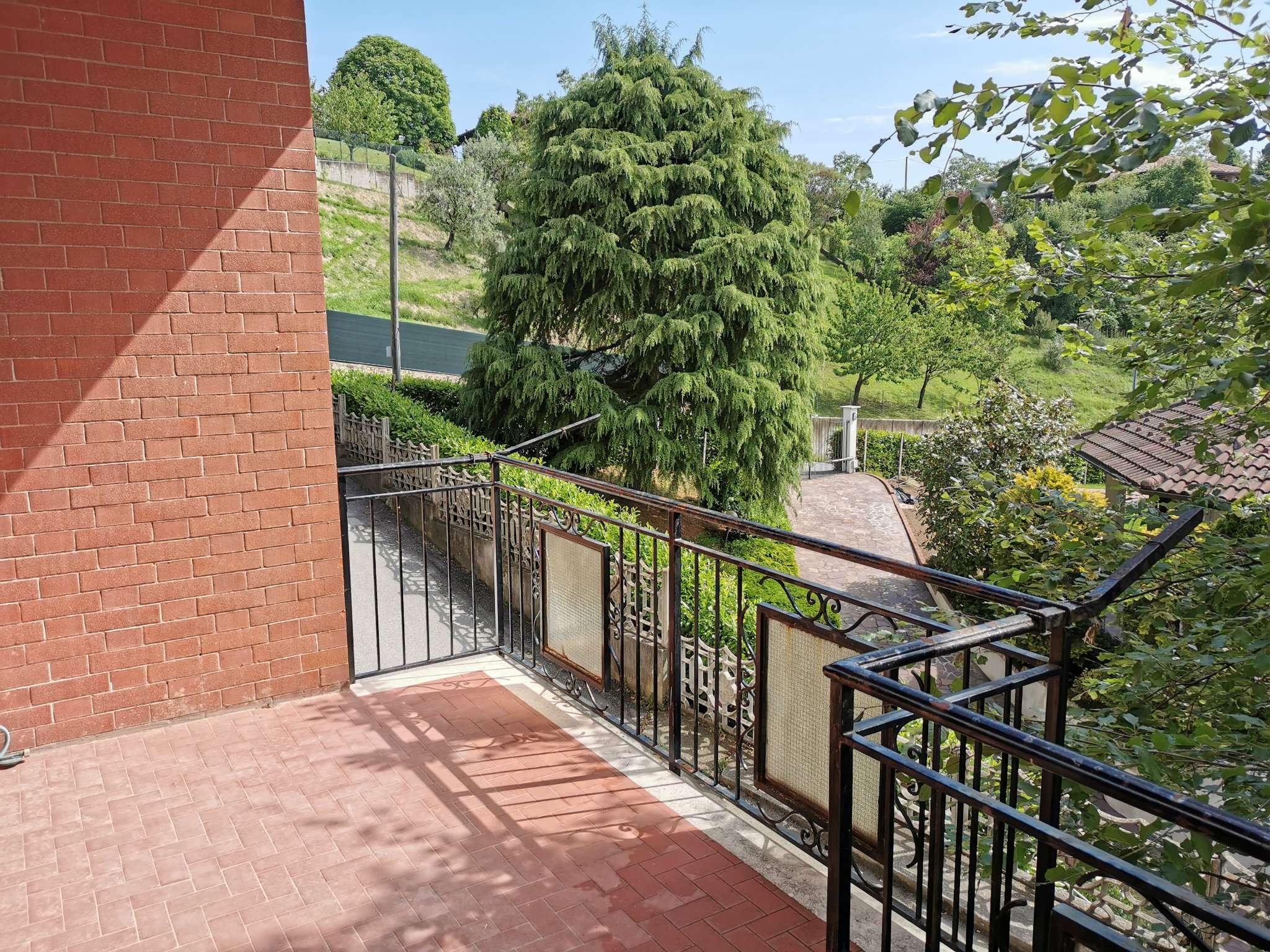 Appartamento in vendita a Cocconato, 3 locali, prezzo € 25.000   PortaleAgenzieImmobiliari.it