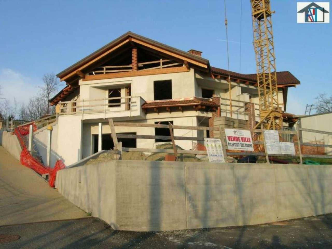 Villa in vendita a Montaldo Torinese, 9999 locali, prezzo € 400.000 | CambioCasa.it
