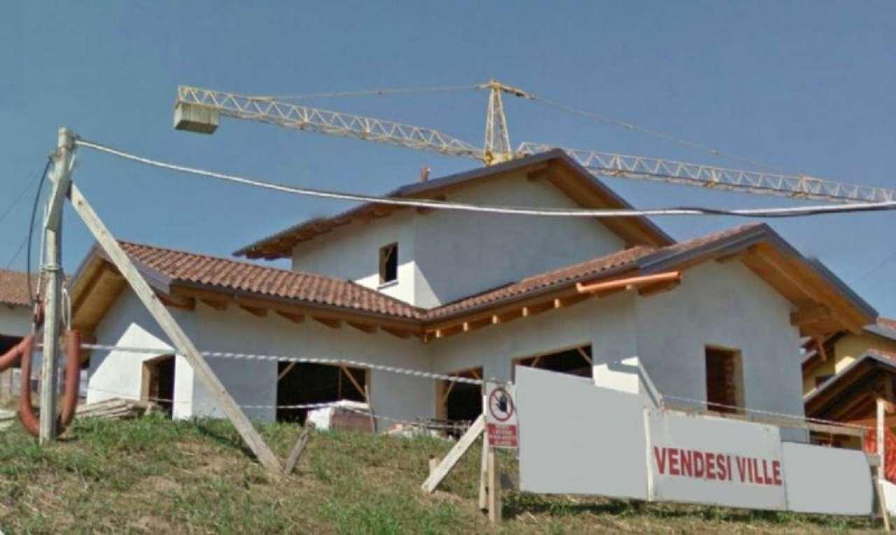 Villa in vendita a Andezeno, 6 locali, prezzo € 520.000   CambioCasa.it