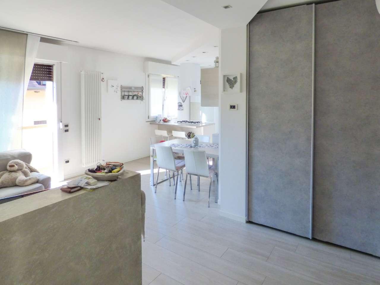 Appartamento in vendita Rif. 8245032