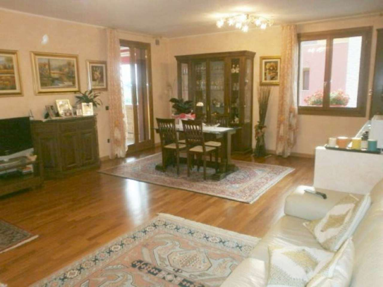 Appartamento in ottime condizioni in vendita Rif. 5060958