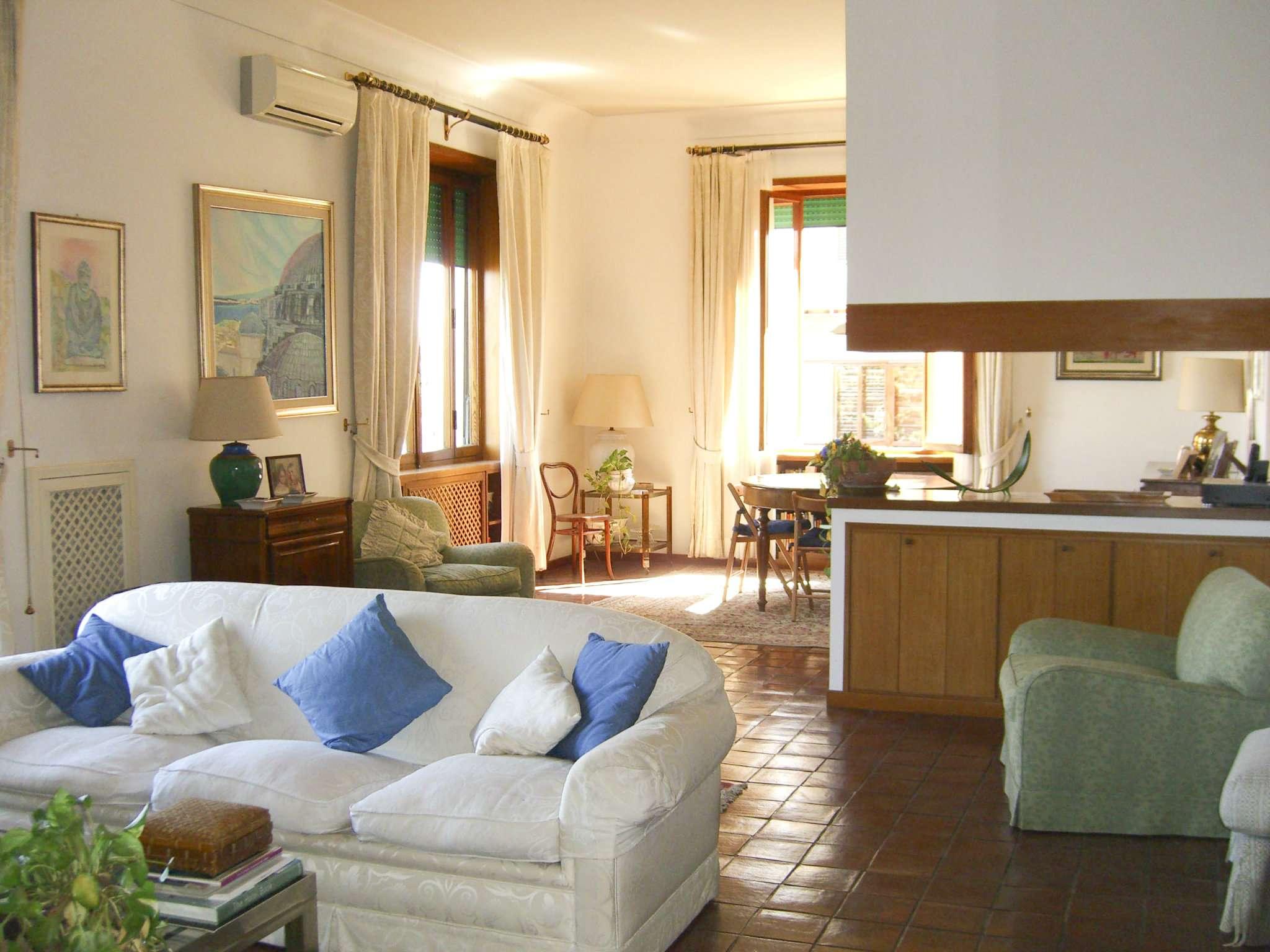 Appartamento in affitto a Roma, 8 locali, zona Zona: 24 . Gianicolense - Colli Portuensi - Monteverde, prezzo € 3.000   CambioCasa.it