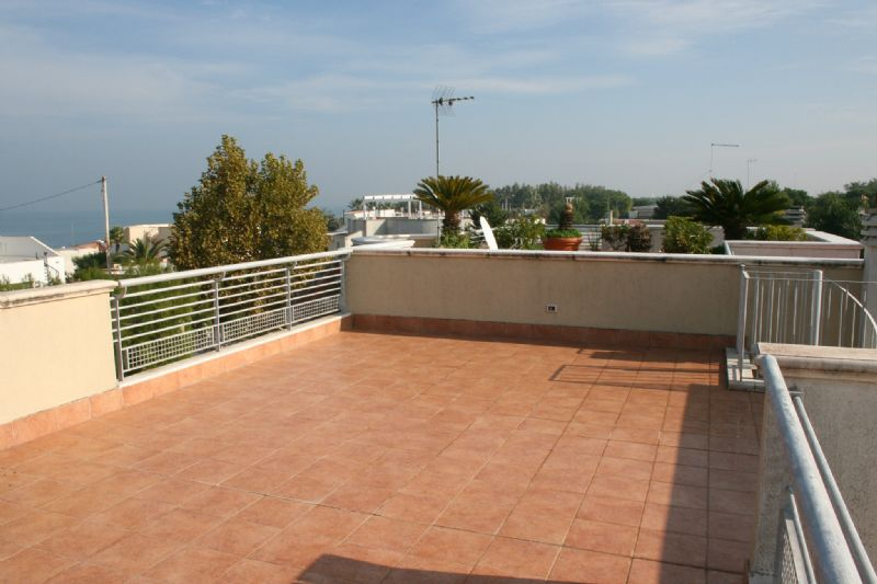 Appartamento in vendita a Bisceglie, 4 locali, prezzo € 250.000 | CambioCasa.it