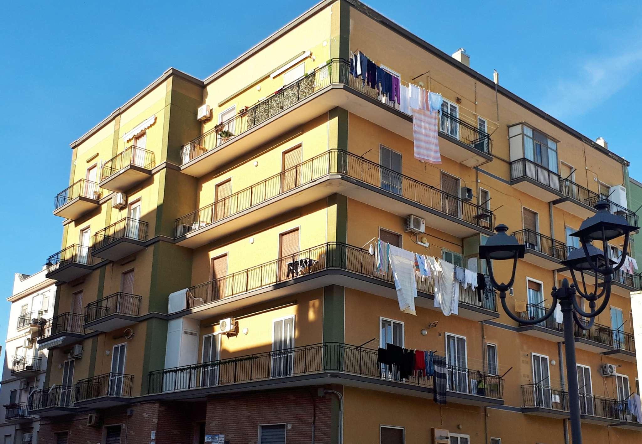 Appartamento da ristrutturare in vendita Rif. 8887306