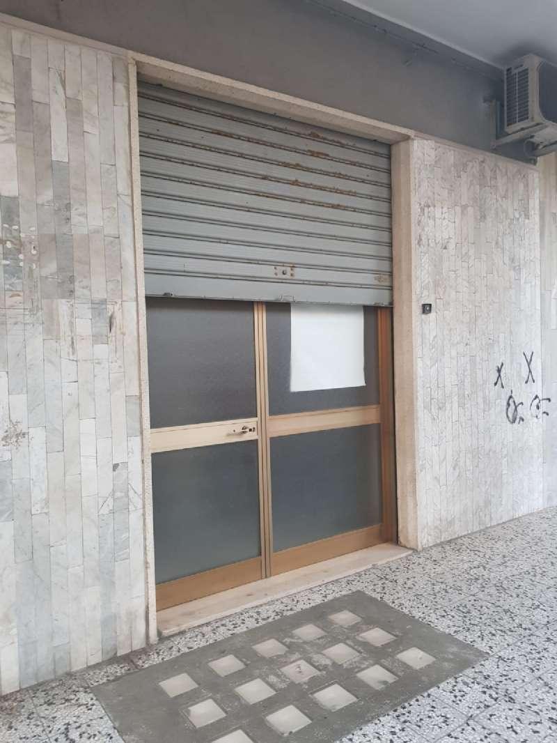 Negozio / Locale in vendita a Bisceglie, 2 locali, prezzo € 75.000 | CambioCasa.it