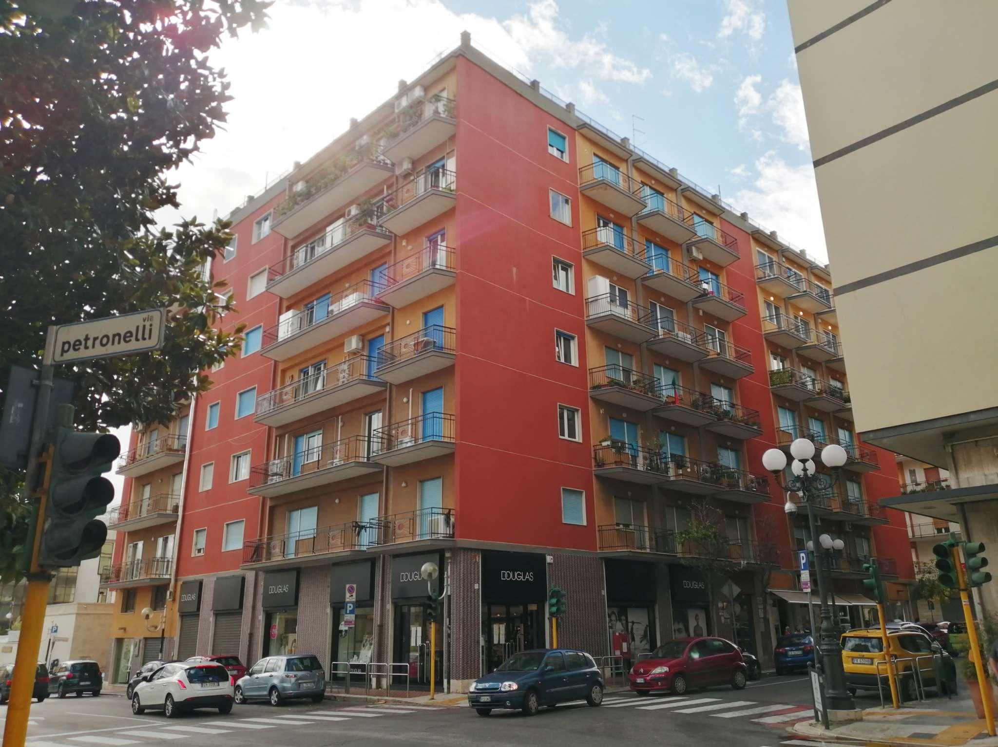 Appartamento in vendita a Bisceglie, 5 locali, prezzo € 110.000 | PortaleAgenzieImmobiliari.it
