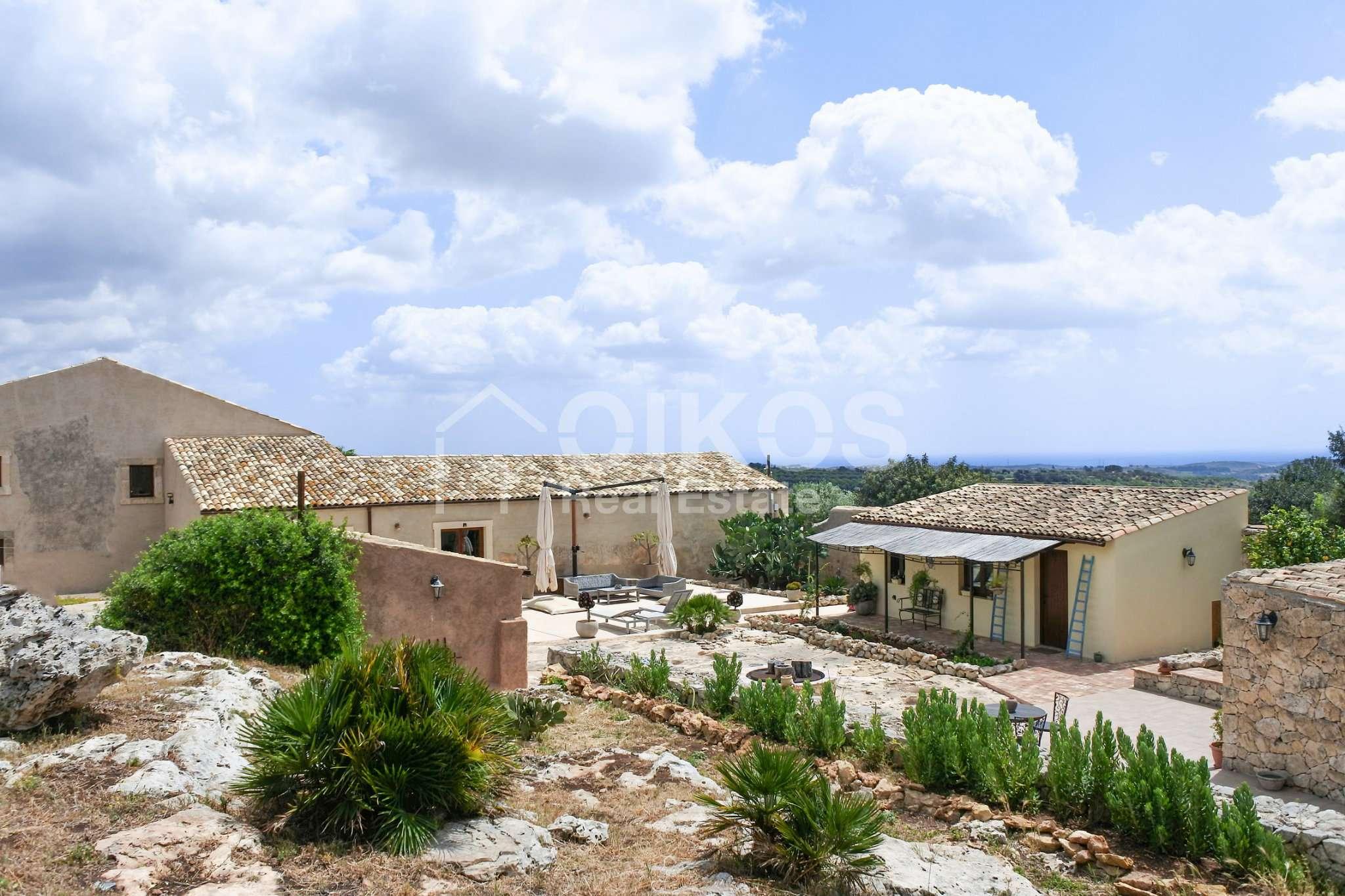 Prestigioso casale siciliano dell'800 Rif. 9159856