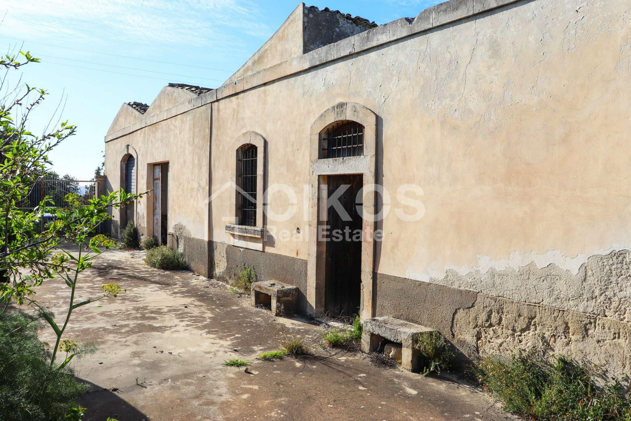 Terreno Agricolo in vendita a Noto, 4 locali, prezzo € 360.000   CambioCasa.it