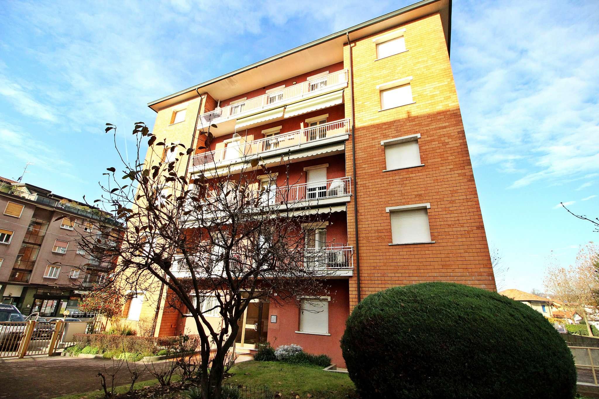 Appartamento in condizioni mediocri in vendita Rif. 8925431