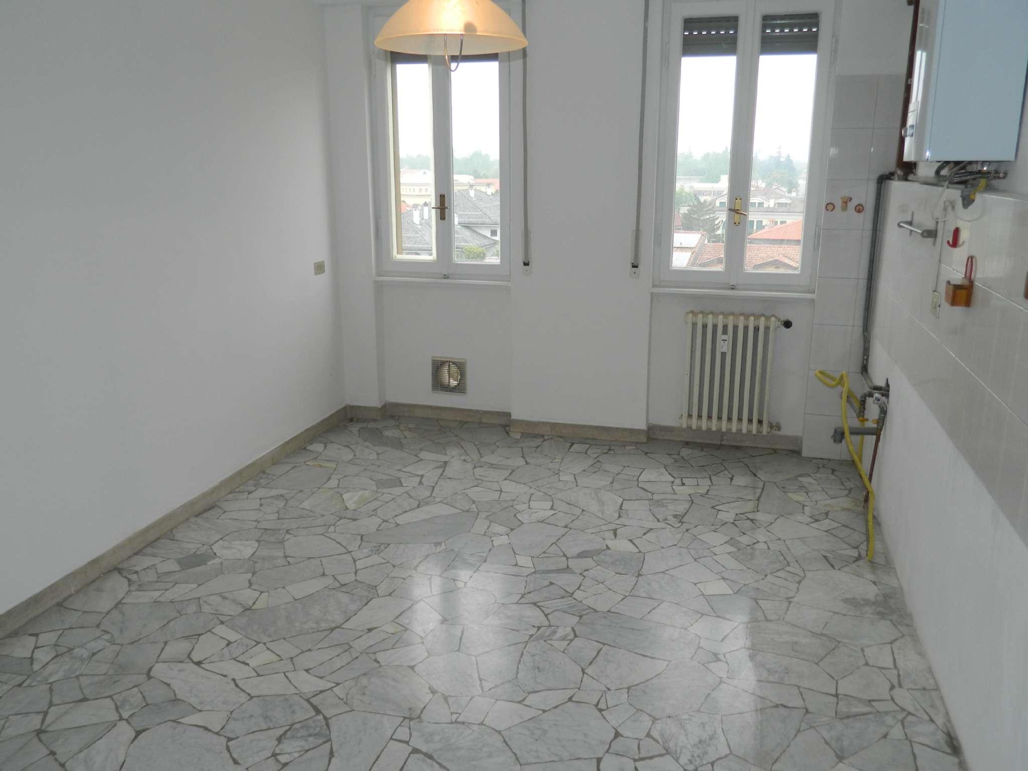 Appartamento in vendita a Bareggio, 2 locali, prezzo € 110.000 | CambioCasa.it