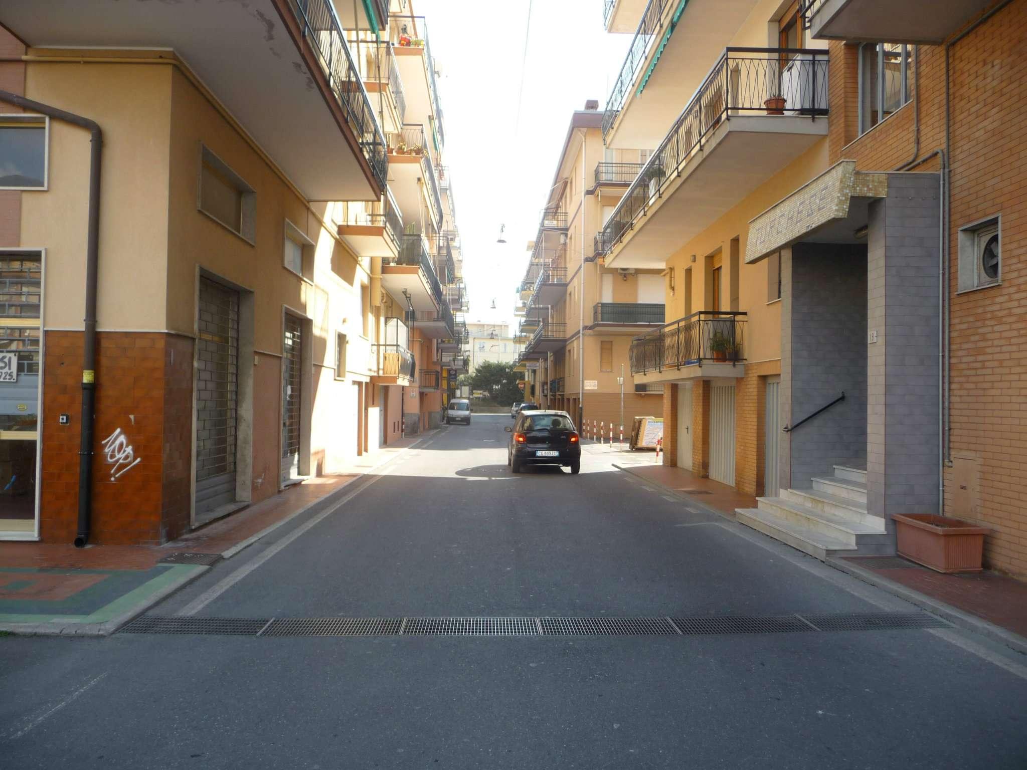 Appartamento in vendita a Ceriale, 3 locali, prezzo € 180.000 | CambioCasa.it