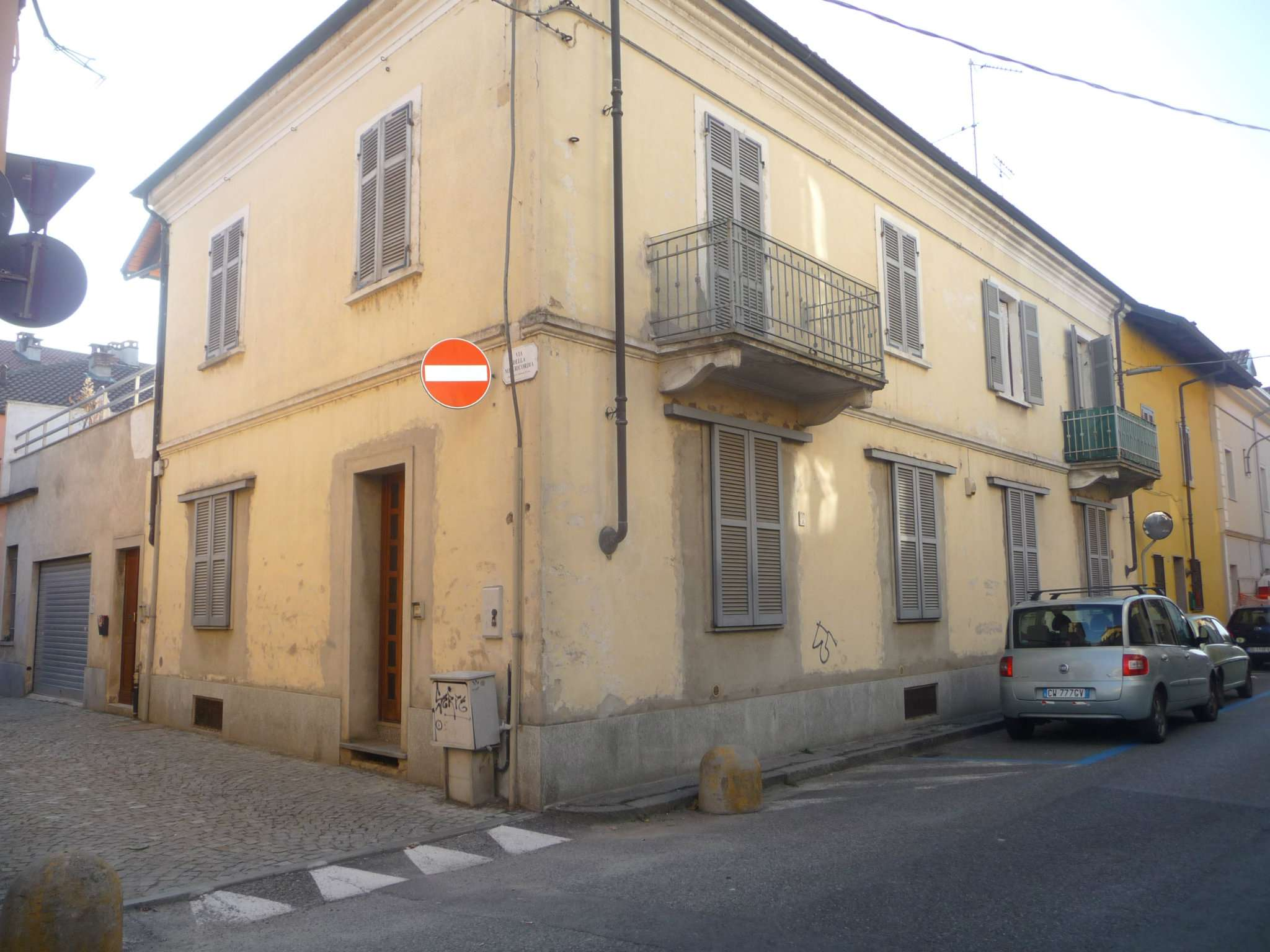 Appartamento in vendita a Chivasso, 5 locali, prezzo € 195.000 | CambioCasa.it