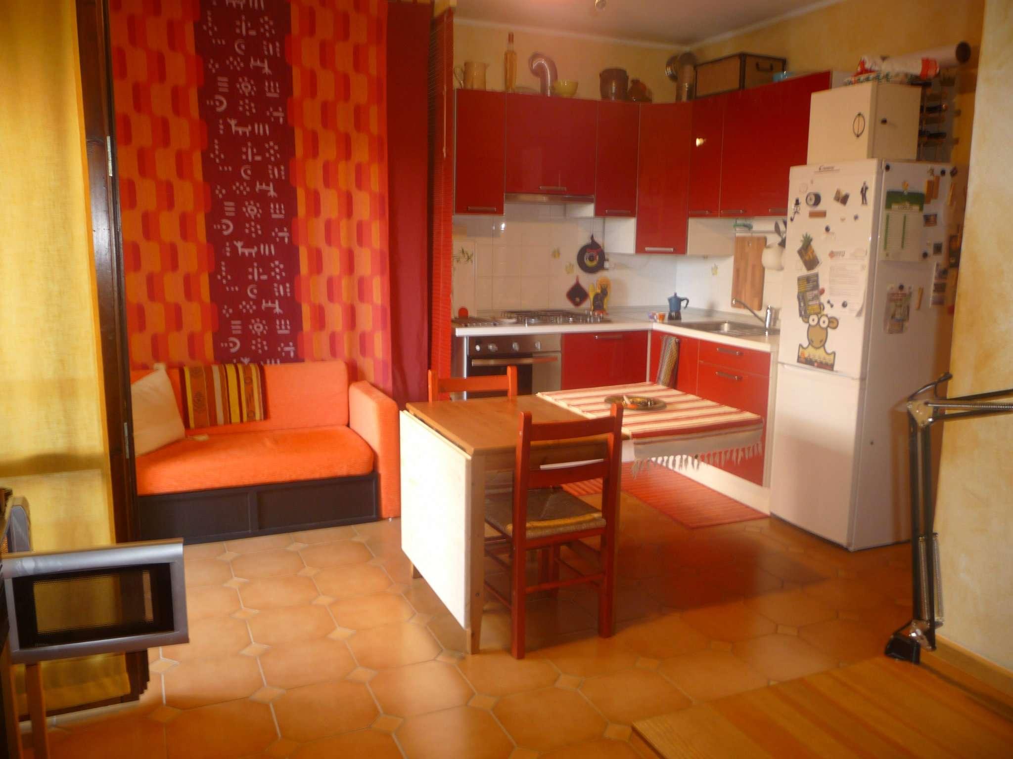 Appartamento in buone condizioni in vendita Rif. 7325341
