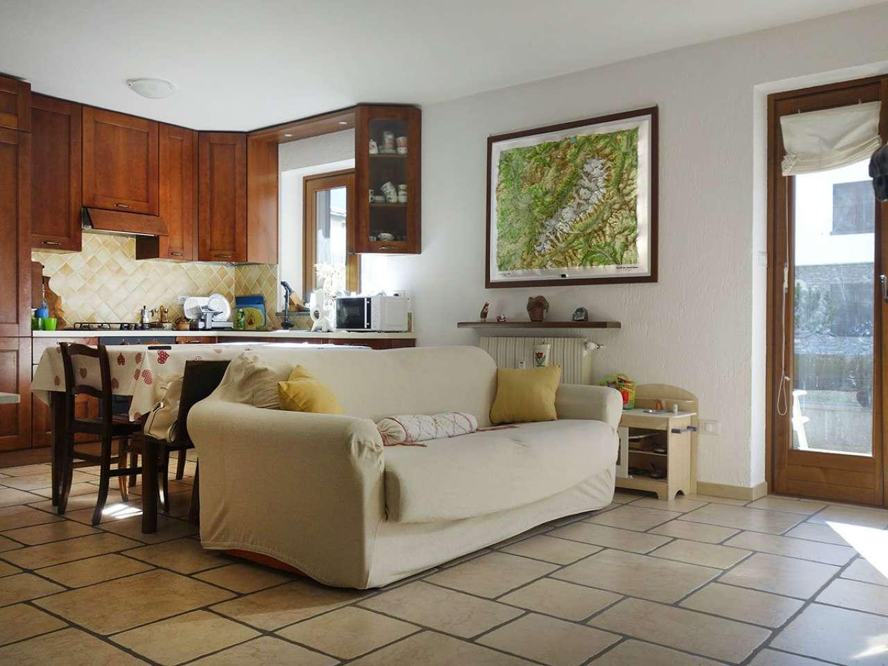 Appartamento in vendita a Morgex, 3 locali, prezzo € 320.000   CambioCasa.it