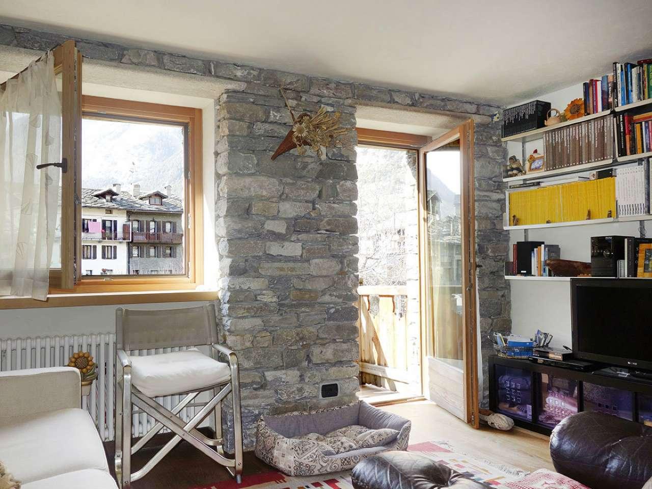 Appartamento in vendita a Morgex, 3 locali, prezzo € 370.000 | CambioCasa.it