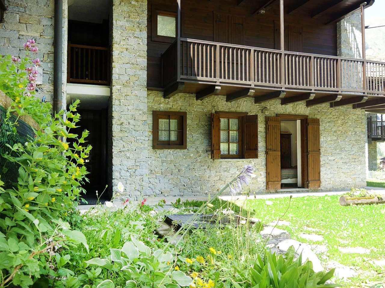 Appartamento in affitto a La Thuile, 3 locali, prezzo € 4.000 | CambioCasa.it