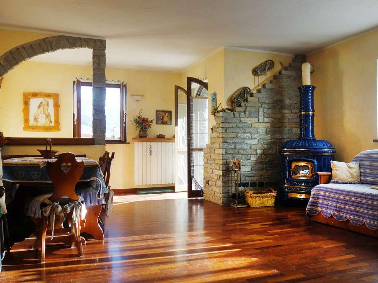 Appartamento in vendita a Morgex, 4 locali, prezzo € 295.000 | CambioCasa.it