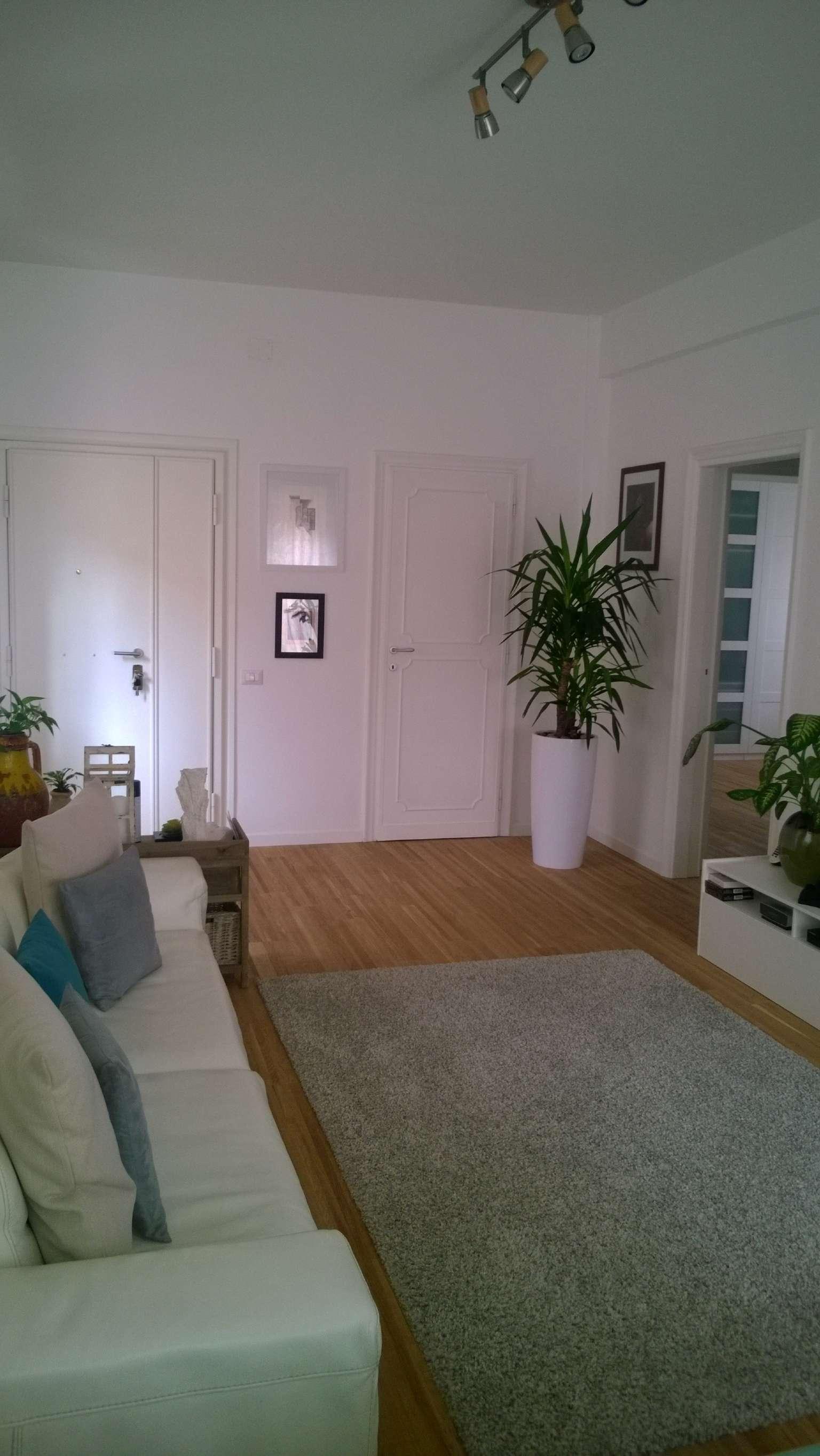 Appartamento in vendita a Roma, 3 locali, zona Zona: 22 . Eur - Torrino - Spinaceto, prezzo € 300.000 | CambioCasa.it