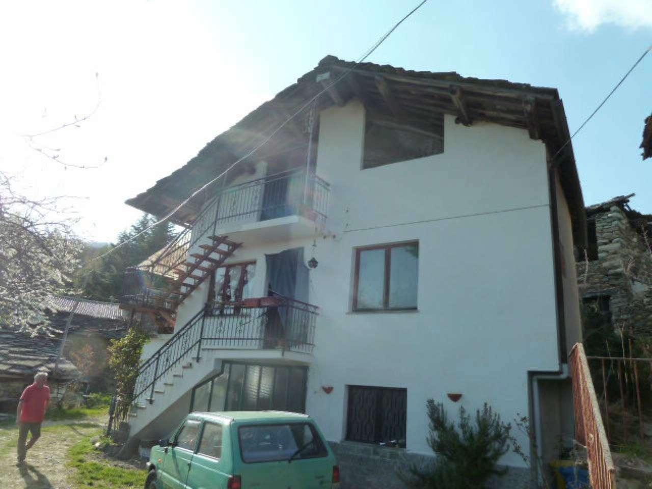Porzione di casa in buone condizioni parzialmente arredato in vendita Rif. 7283653