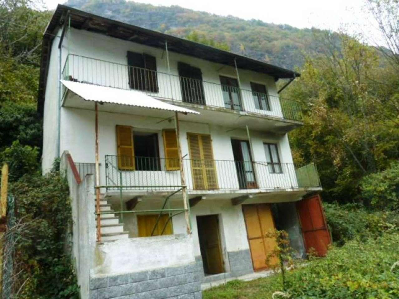 Soluzione Indipendente in vendita a Locana, 6 locali, prezzo € 60.000 | CambioCasa.it