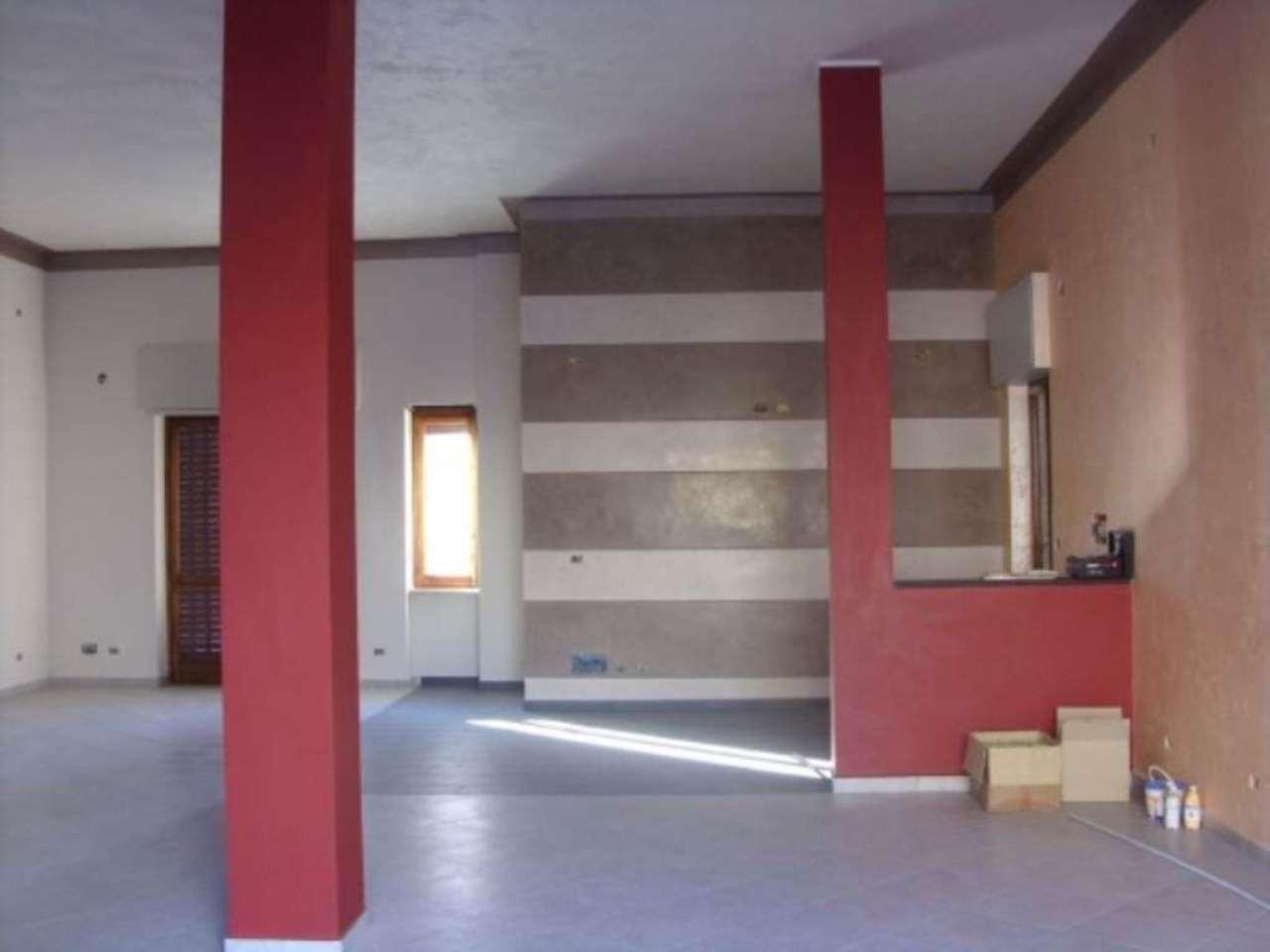 Negozio / Locale in vendita a Moncalieri, 2 locali, prezzo € 80.000 | PortaleAgenzieImmobiliari.it