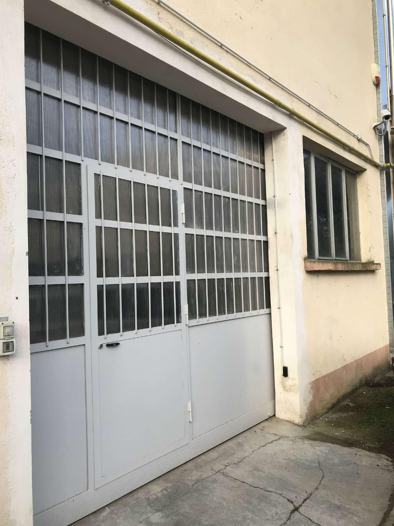 Magazzino - capannone in affitto Rif. 8315880