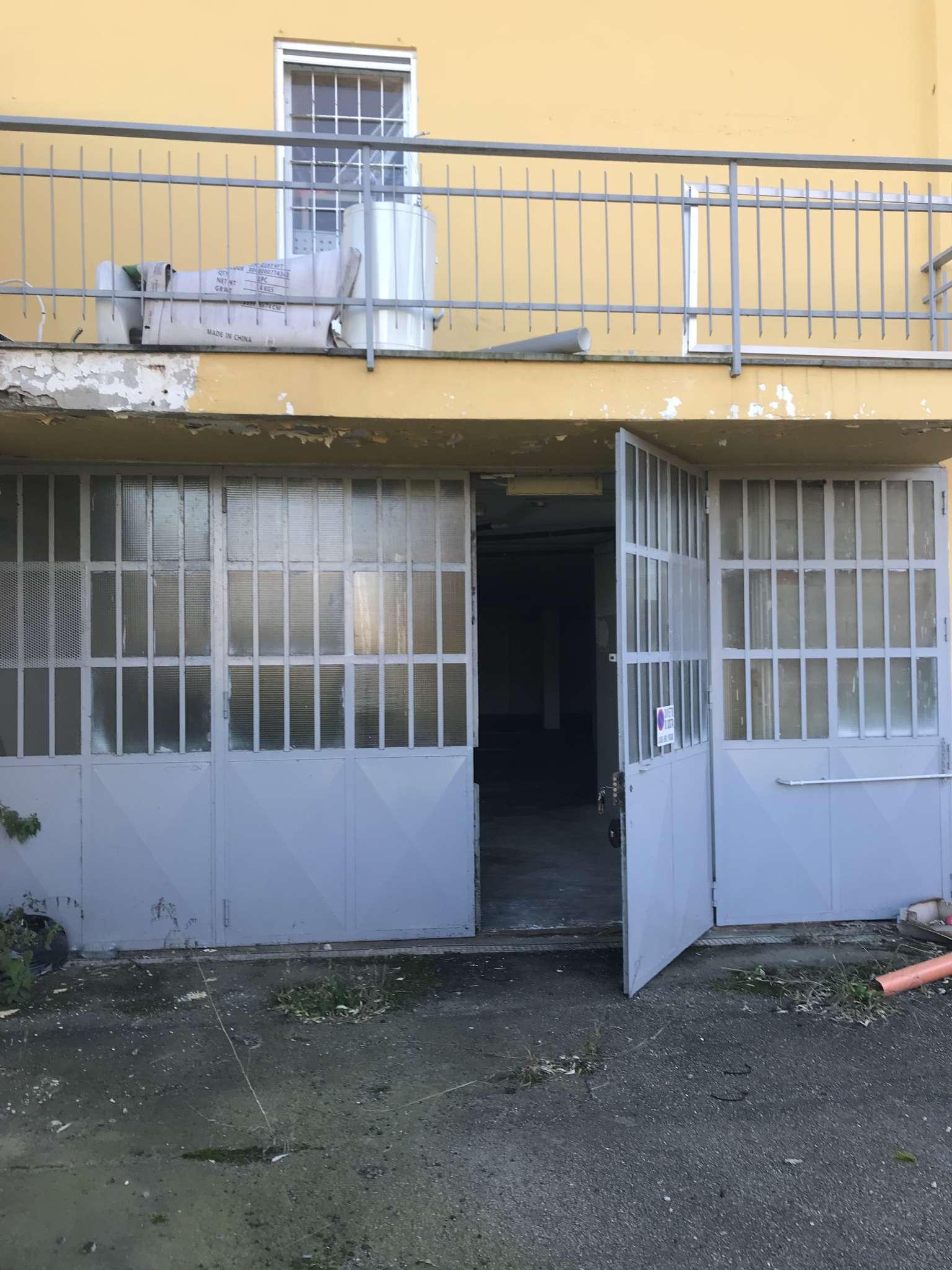 Magazzino in affitto a None, 3 locali, prezzo € 600 | PortaleAgenzieImmobiliari.it