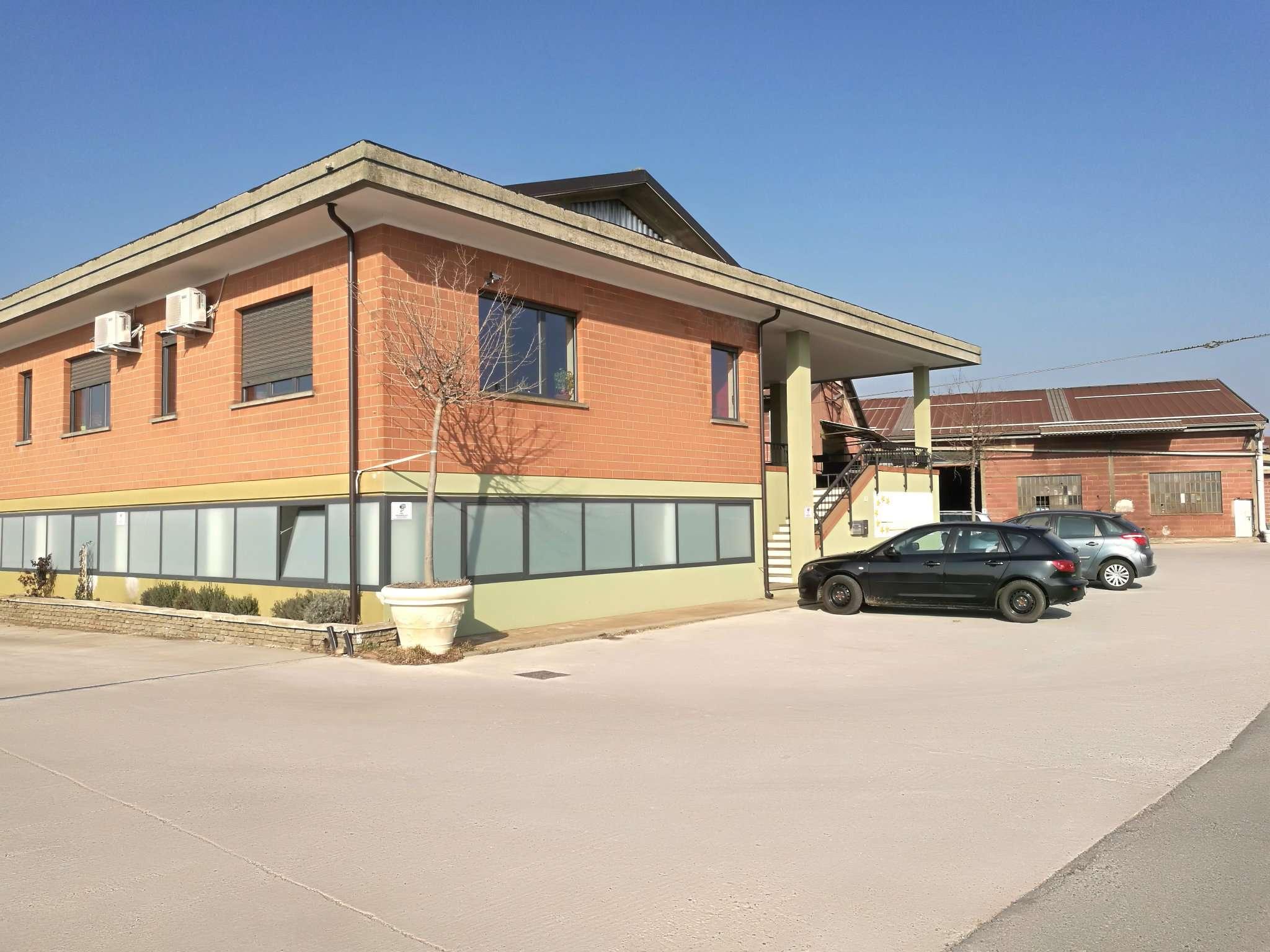 Capannone in vendita a Caramagna Piemonte, 1 locali, prezzo € 690.000 | PortaleAgenzieImmobiliari.it