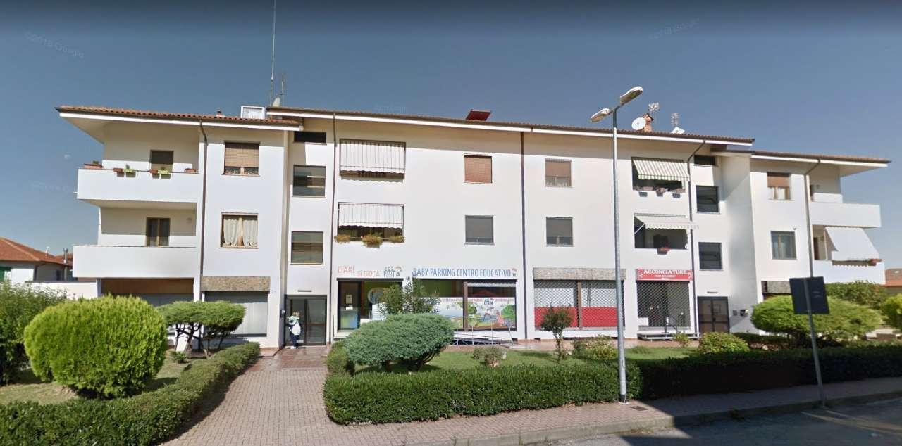 Appartamento in vendita a Santena, 4 locali, prezzo € 120.000 | PortaleAgenzieImmobiliari.it