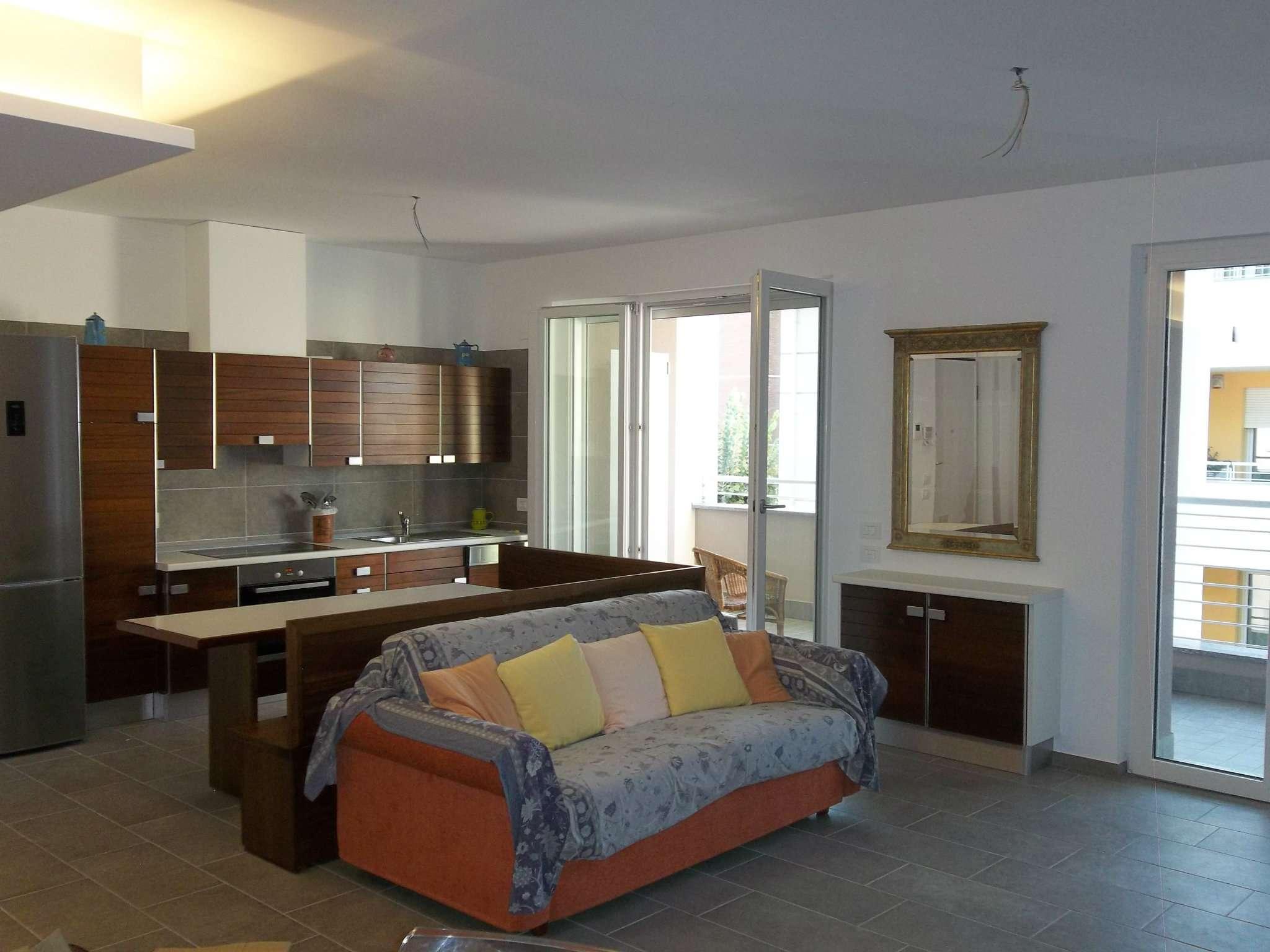 Appartamento arredato in affitto Rif. 7811580