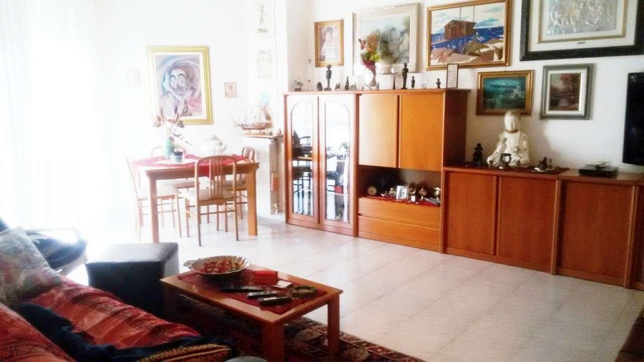 Appartamento in vendita a Cinisello Balsamo, 3 locali, prezzo € 185.000 | PortaleAgenzieImmobiliari.it