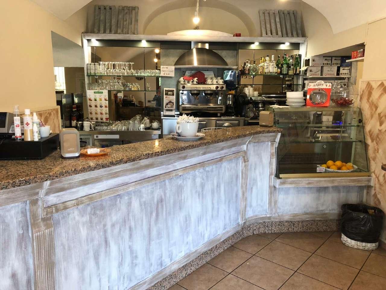 Bar in vendita a Gassino Torinese, 2 locali, prezzo € 75.000 | PortaleAgenzieImmobiliari.it