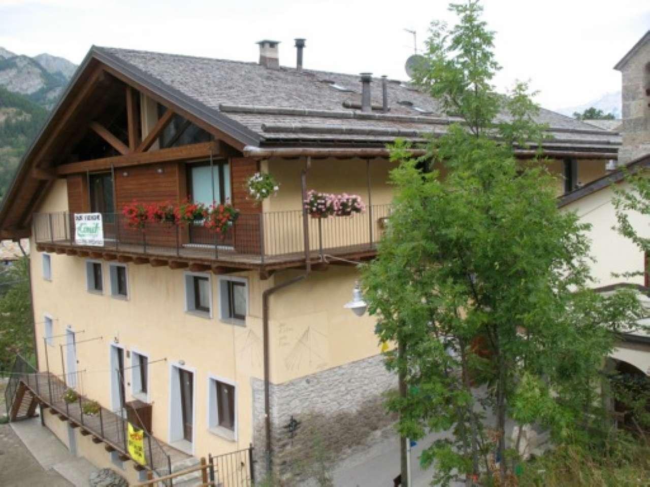 Appartamento in vendita a Cesana Torinese, 2 locali, prezzo € 80.000 | CambioCasa.it
