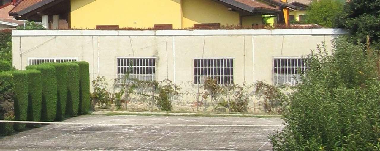 Magazzino in vendita a Bosconero, 1 locali, prezzo € 45.000 | CambioCasa.it