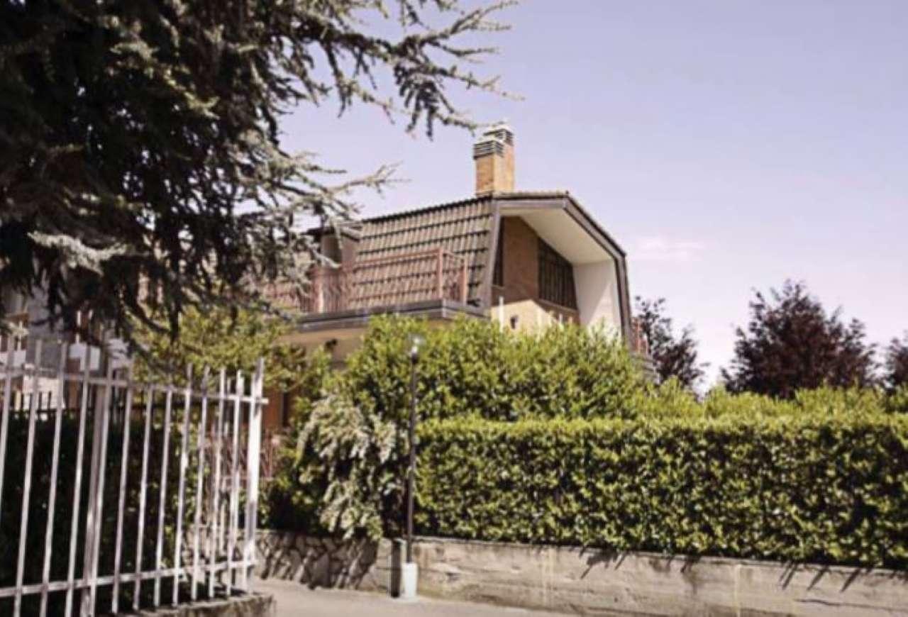 Villa Bifamiliare in vendita a Pianezza, 7 locali, prezzo € 187.500   CambioCasa.it