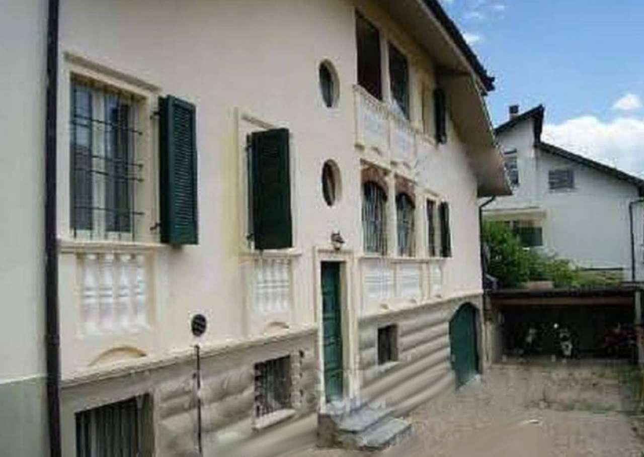 Villa in vendita a San Francesco al Campo, 6 locali, prezzo € 222.000 | CambioCasa.it