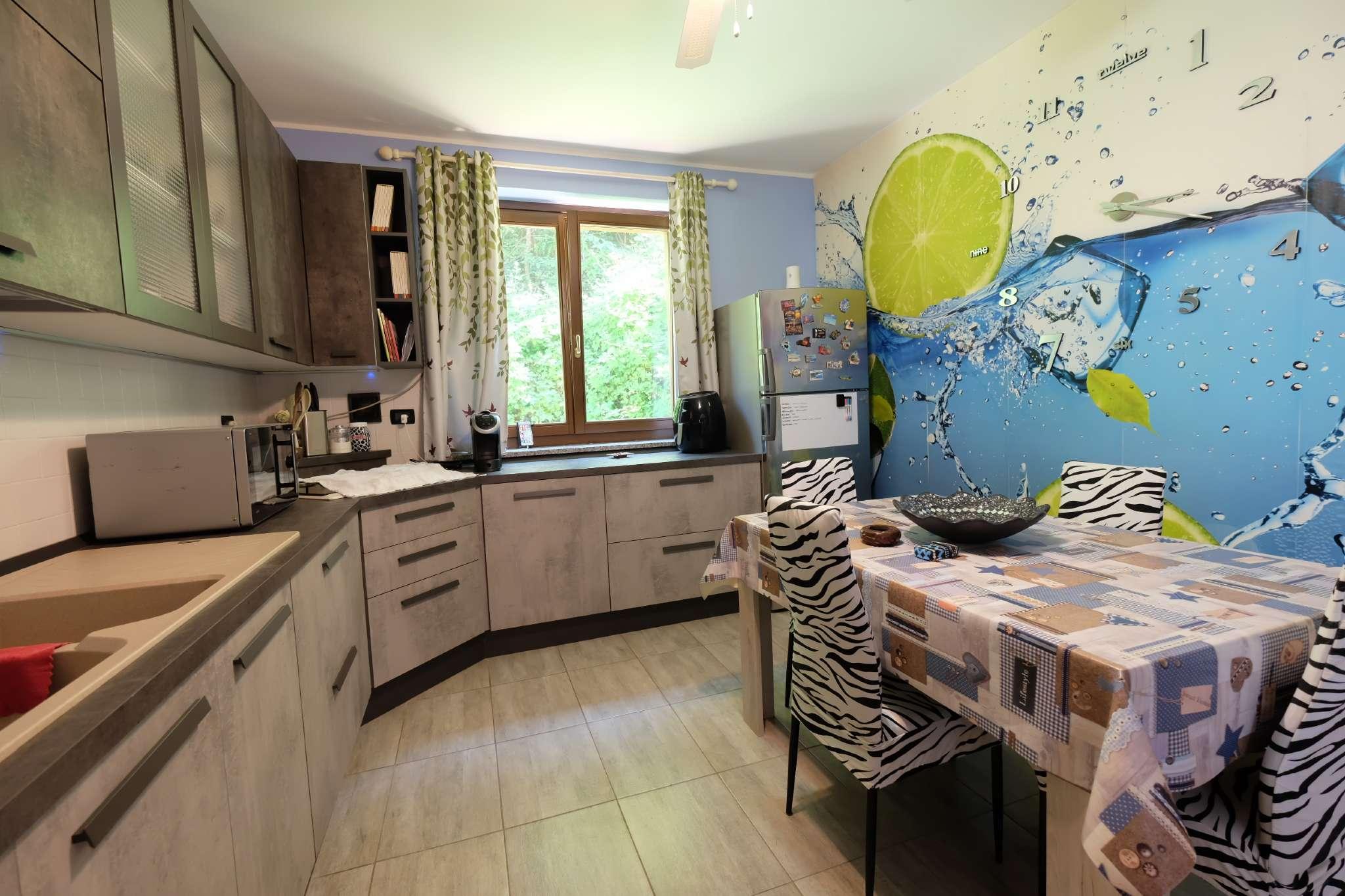 Villa in vendita a Mercenasco, 5 locali, prezzo € 190.000 | PortaleAgenzieImmobiliari.it
