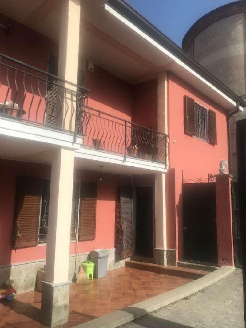 Palazzo / Stabile in vendita a Mazzè, 9 locali, prezzo € 167.000 | PortaleAgenzieImmobiliari.it