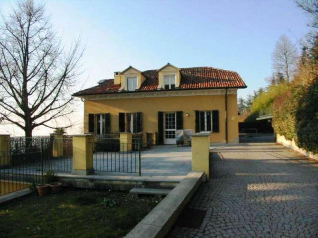 Appartamento in affitto a Moncalieri, 9 locali, prezzo € 2.200   PortaleAgenzieImmobiliari.it
