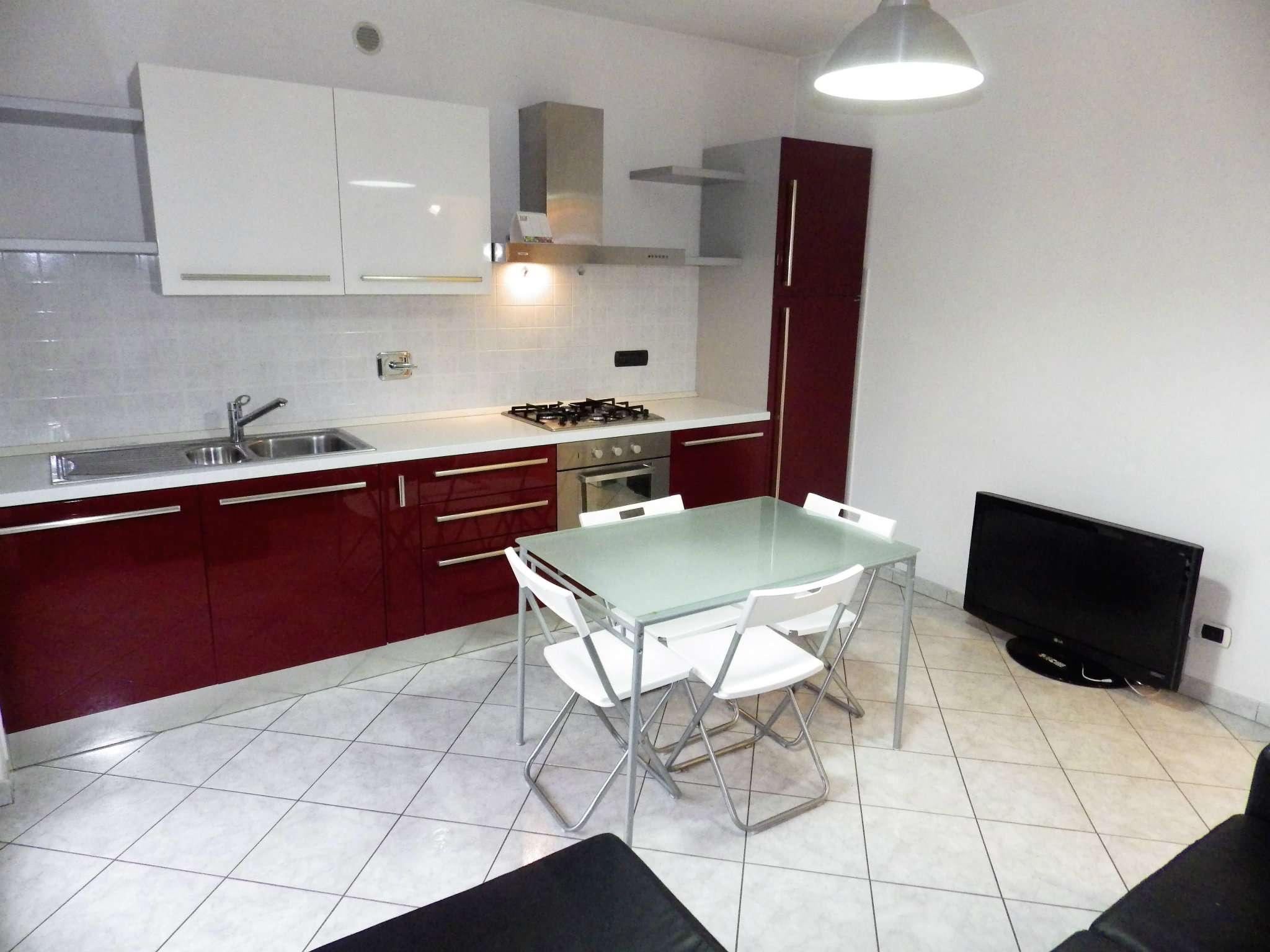 Appartamento in ottime condizioni arredato in vendita Rif. 7337659