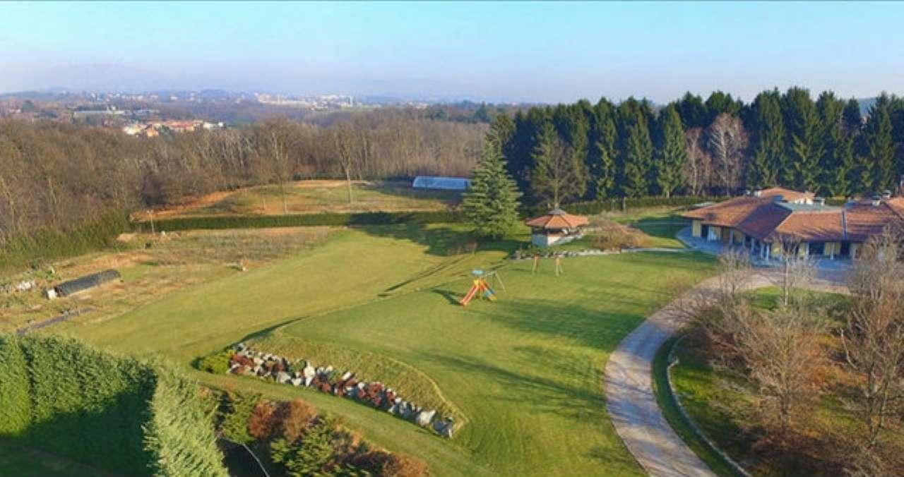 Villa in vendita a Besana in Brianza, 8 locali, Trattative riservate | PortaleAgenzieImmobiliari.it