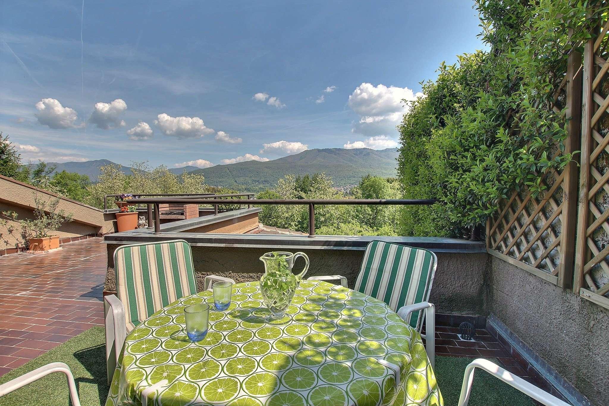 Villa a Schiera in vendita a Bregano, 4 locali, prezzo € 248.000 | CambioCasa.it