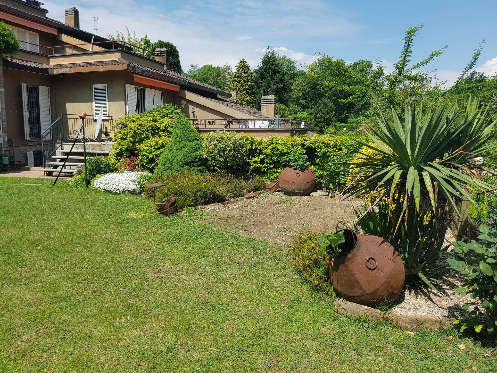 Villa in vendita a Bregano, 4 locali, prezzo € 228.000 | CambioCasa.it