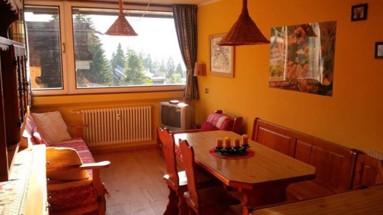 Appartamento in buone condizioni arredato in vendita Rif. 5078816