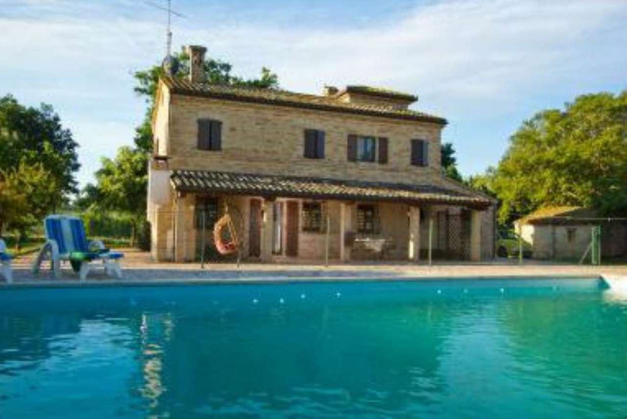 Villa in vendita a Macerata
