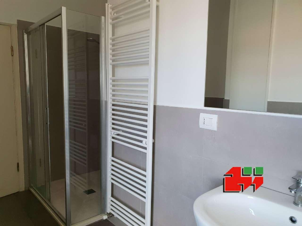 Appartamento in buone condizioni in vendita Rif. 8938489