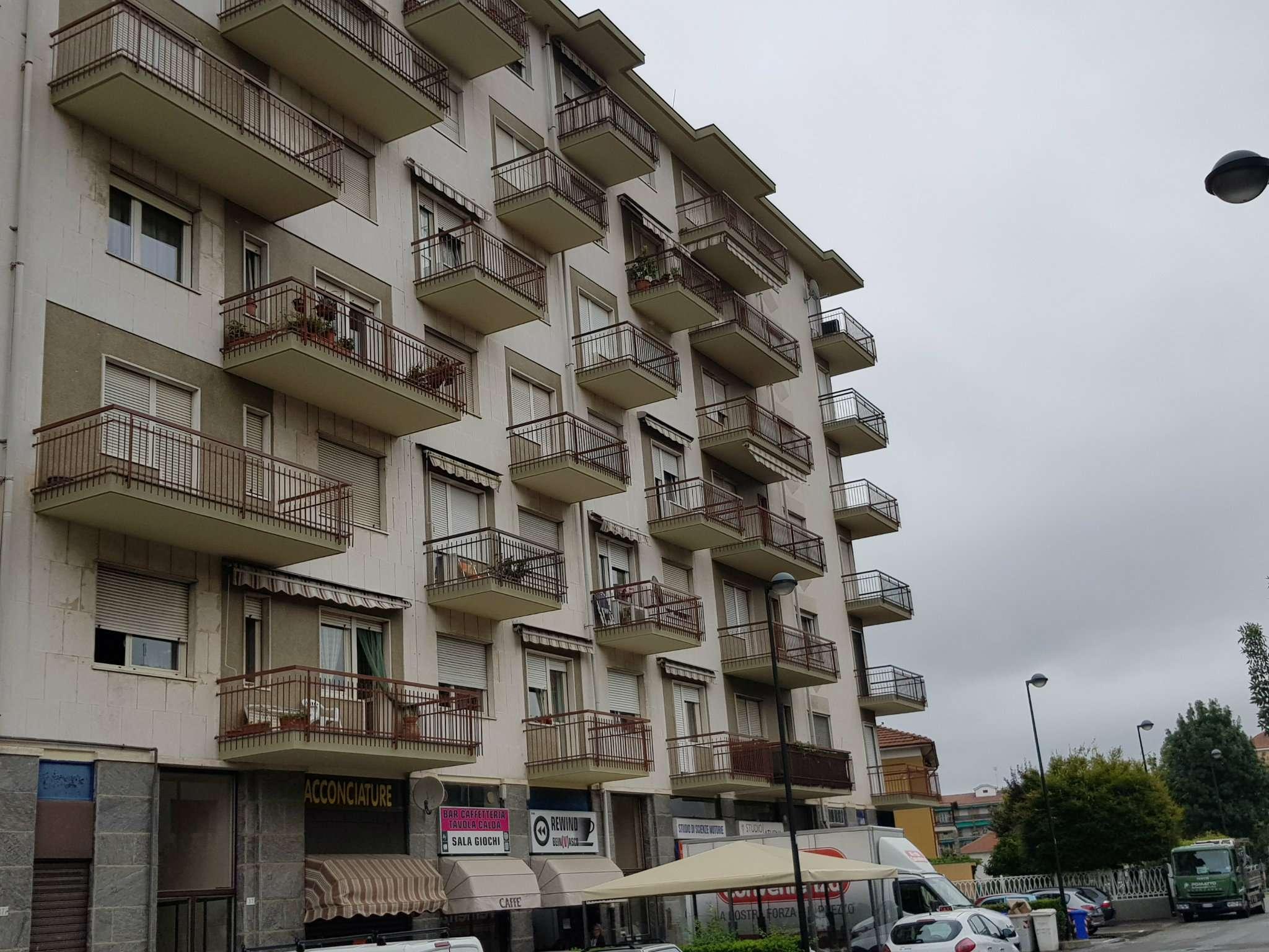Foto 1 di Bilocale Via Principe Amedeo, Beinasco