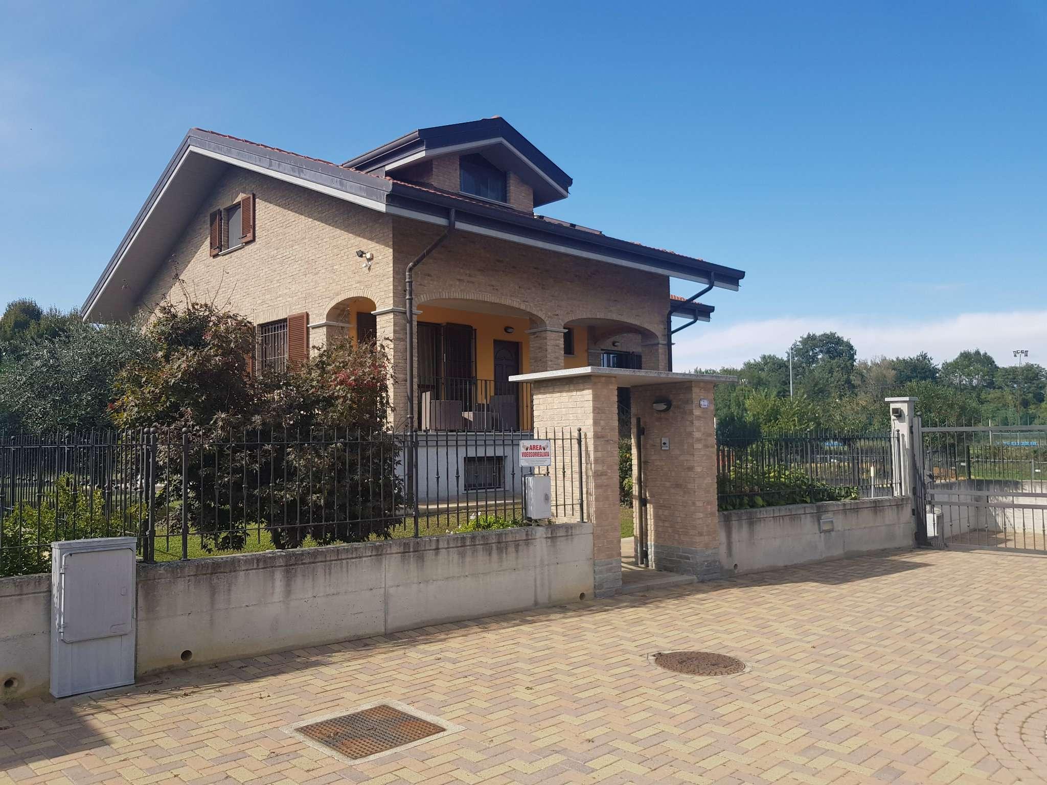 Villa in vendita a Lombardore, 6 locali, prezzo € 345.000   PortaleAgenzieImmobiliari.it