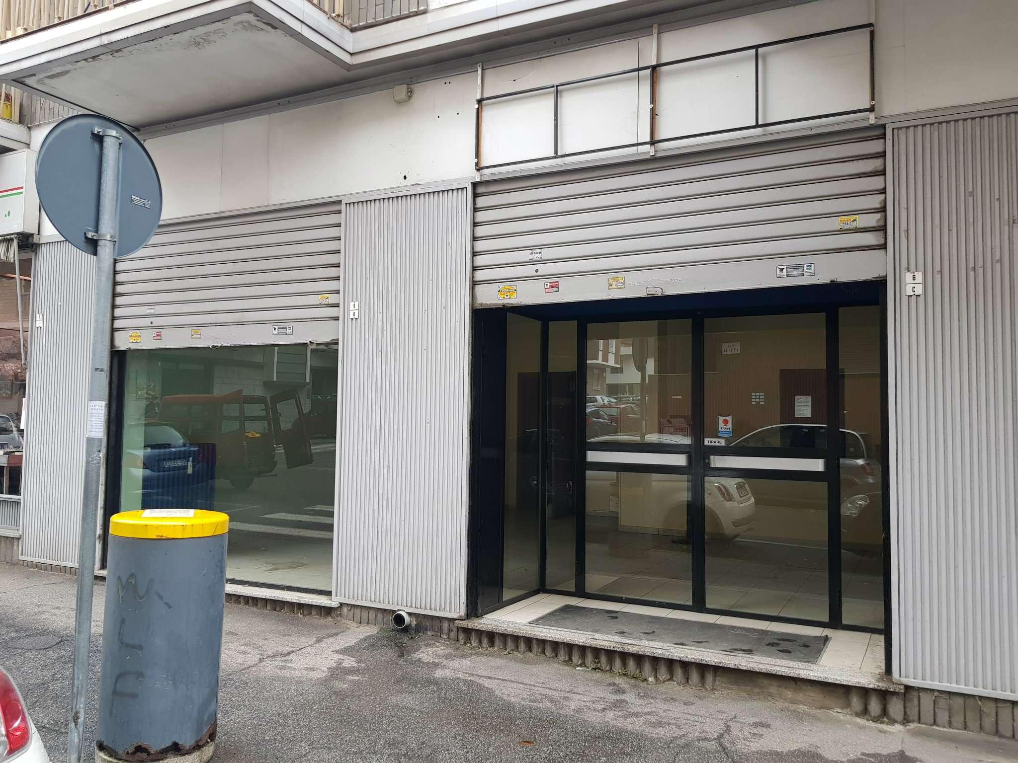 Negozio / Locale in vendita a Rivoli, 3 locali, prezzo € 98.000 | PortaleAgenzieImmobiliari.it