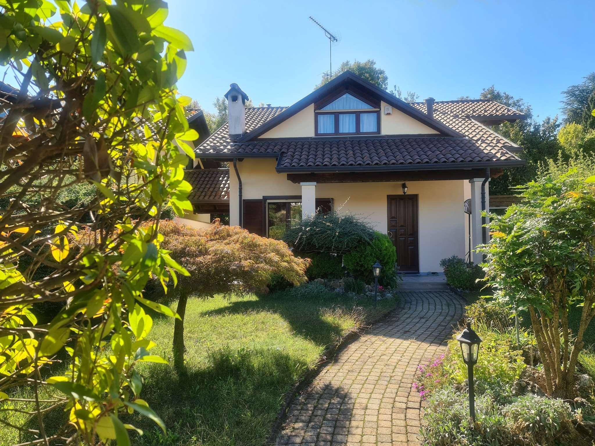Villa in vendita a Reano, 8 locali, prezzo € 395.000 | PortaleAgenzieImmobiliari.it